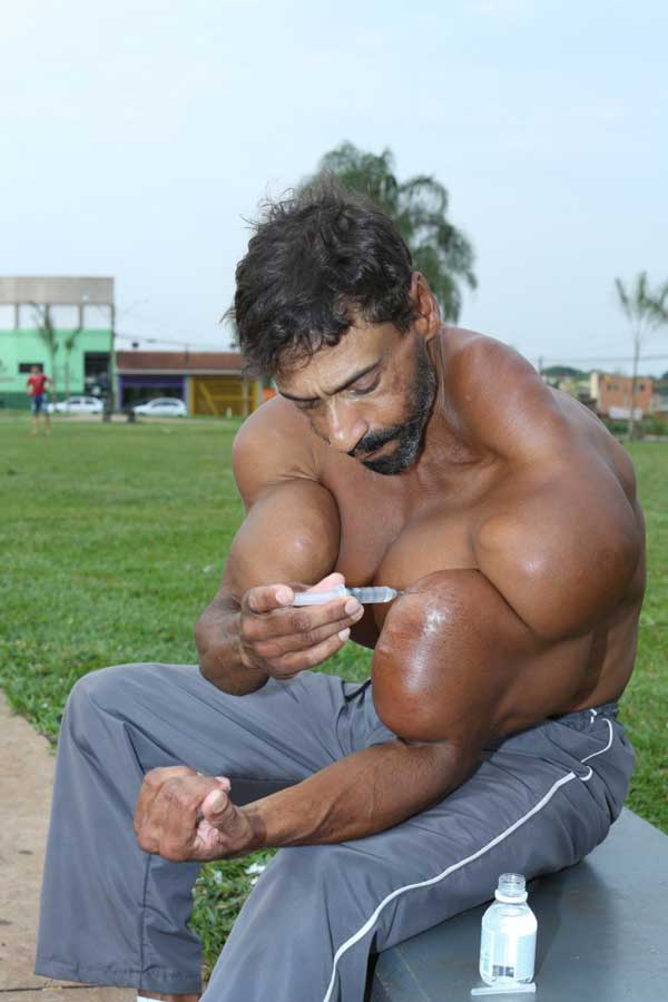 synthol-abuse-pecs-8