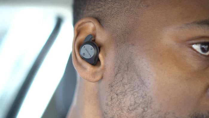 Jabra Elite Sport Earbuds JABRA-ELITE-SPORT-BLUETOOTH-HEADPHONE-EARBUDS-REVIEW-6