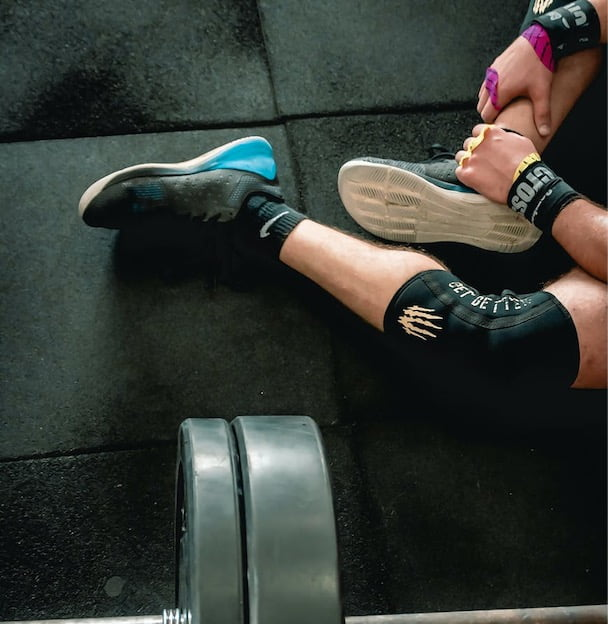 What Are The Symptoms of Shin Splints? barbell gym - Strength Training with Shin Splints
